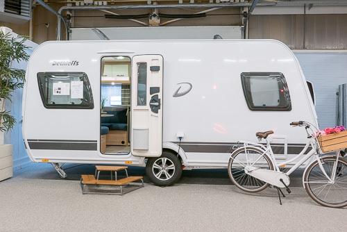 Dethleffs Camper Met Stapelbed.Dethleffs Camper 450 Fr Avantgarde Kampeerproducten Voor Caravan
